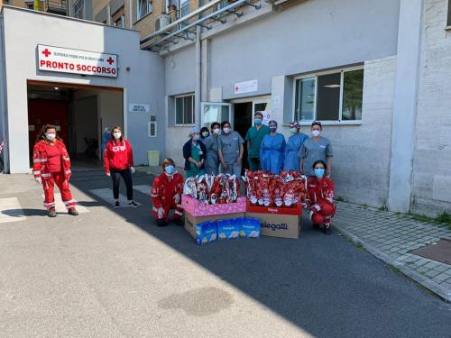 2020 - 11.04.20 Donazione di uova e colombe pasquali presso Ospedale Padre Pio Bracciano