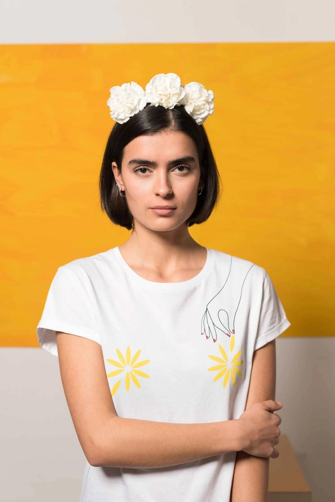 Camiseta-Blanca-Algodón-Orgánico-Flores-Crisálida10
