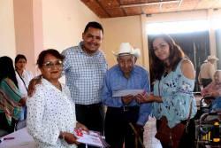 Apoyo a adultos mayores por el Programa Vidas Diferentes