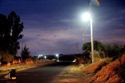 Alumbrado de la carretera a Lomas del Refugio