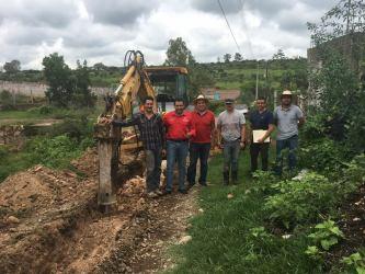 Construcción de linea de drenaje en La Estancia