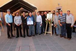 Homenaje al Profesor Roberto Quezada Díaz