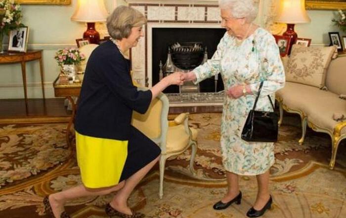 Βρετανία: Συμφωνία Τορις-εθνικιστών (DUP) για στήριξη της Μέι