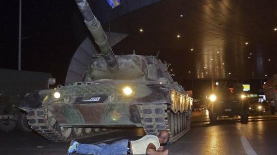Αυτομόλησαν οι στρατιωτικοί ακόλουθοι της Τουρκίας στην Ελλάδα;