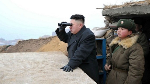 Βόρειος Κορέα: Ο Κιμ ρίχνει τους τόνους, αγνοεί Τραμπ