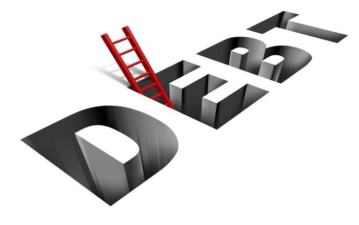 Χρέος: Η Κομισιόν αδειάζει ESM, ζητά περισσότερα μέτρα ελάφρυνσης χρέους