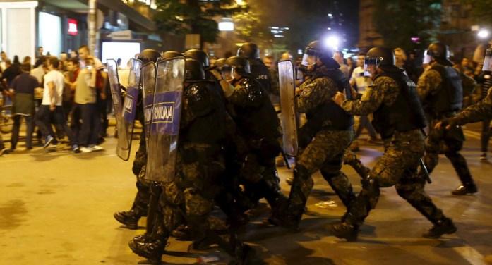 Μυρίζει μπαρούτι στα Σκόπια, πολιτικές δίκες και ξεκαθάρισμα εθνικών λογαριασμών