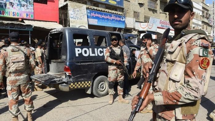 Τρομοκρατική επίθεση στο Πακιστάν, 10 νεκροί