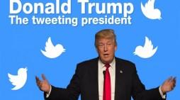 Ο Τραμπ συνεχίζει τον εκβιασμό στον Κόμει με τις κασέτες