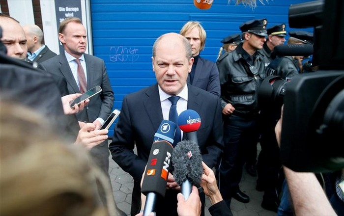 Eurogroup: Συμφωνία πακέτο σήμερα, βλέπει ο Σολτς