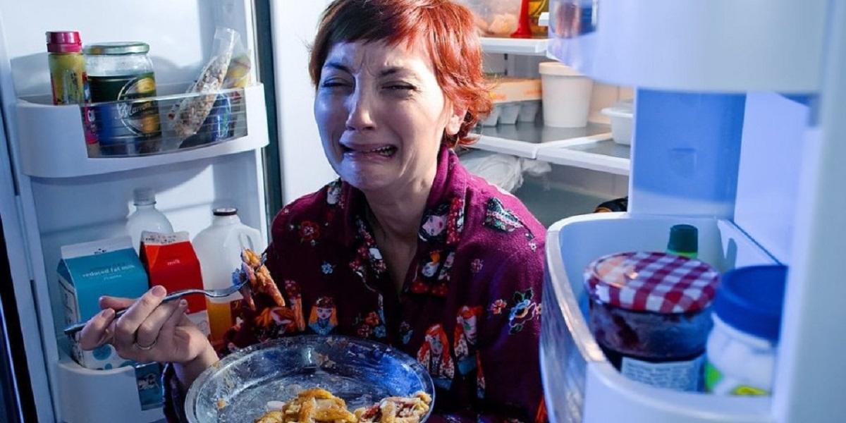 Холодильник, перекус