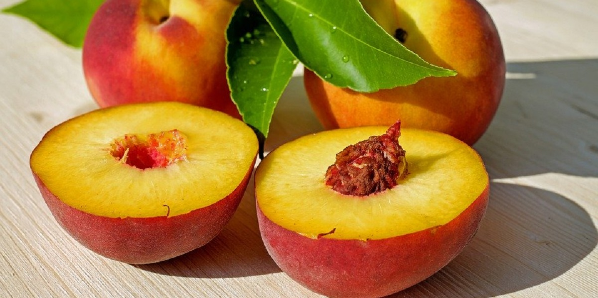 Персики, импорт, турецкие персики