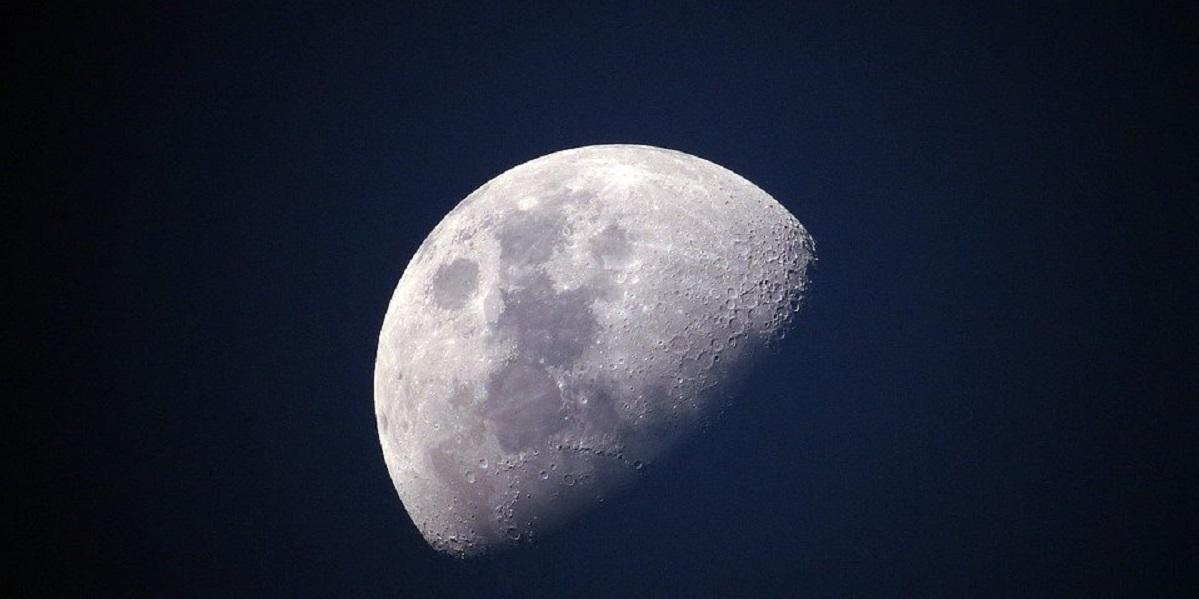 Луна, космонавты, лунный рацион