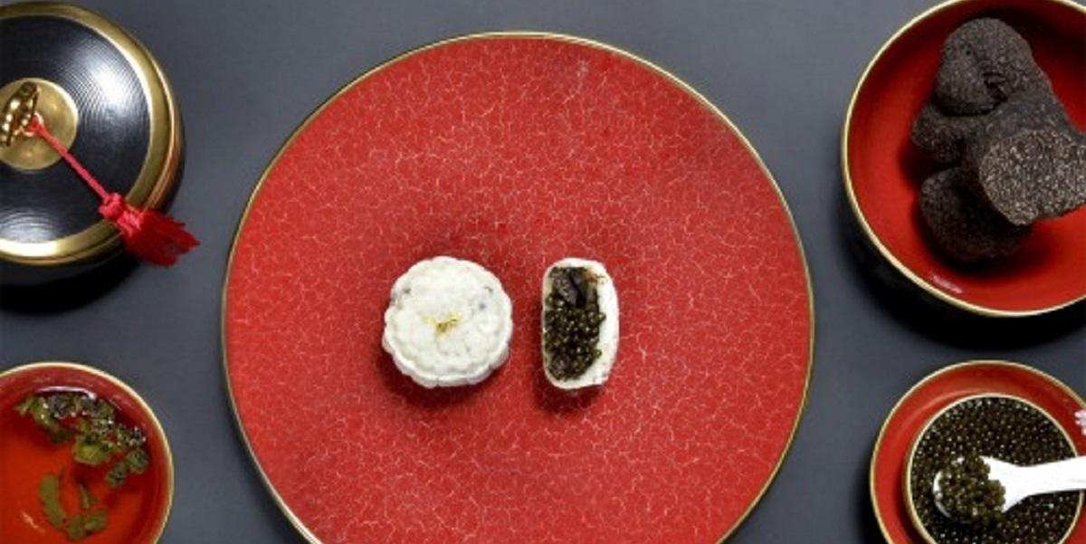 лунные пирожки, пирожки с черной икрой, Guerilla Lab