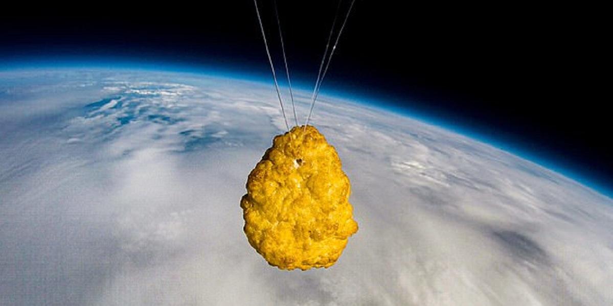 Iceland, Великобритания, куриный наггетс, запуск в космос,
