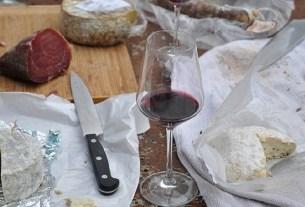 Вино, вино с сыром,
