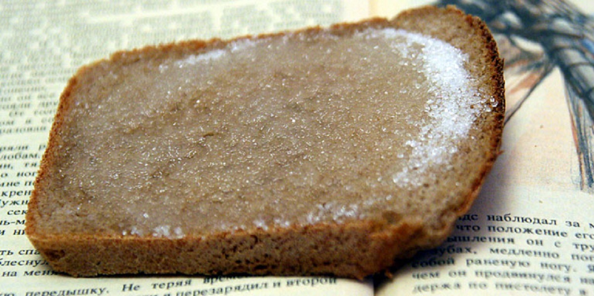 ВОЗ, соль в продуктах, рекомендации ВОЗ, хлеб с солью