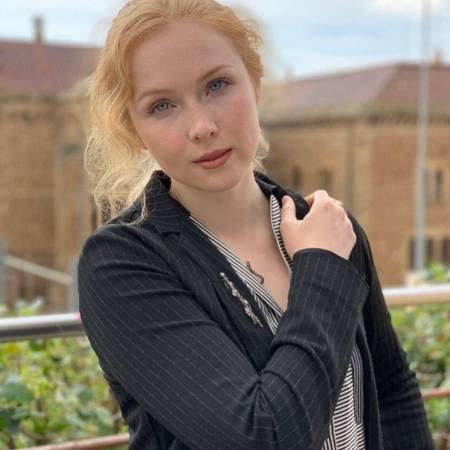 A photo of Molly Quinn, a redheaded actress