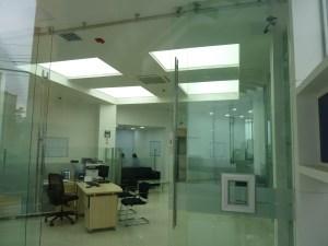 Pasatulas bancarios, pasadocumentos, pasadocumentos en vidrio, pasadocumentos flotado, embebido en el vidrio