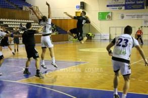 U Transilvania - Poli Tm_2012_12_12_780