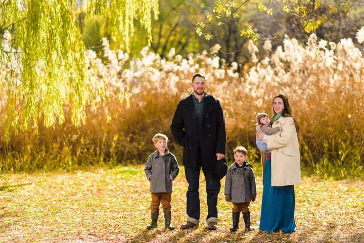 Family Portrait Session in the magical urban nature of Tokyo