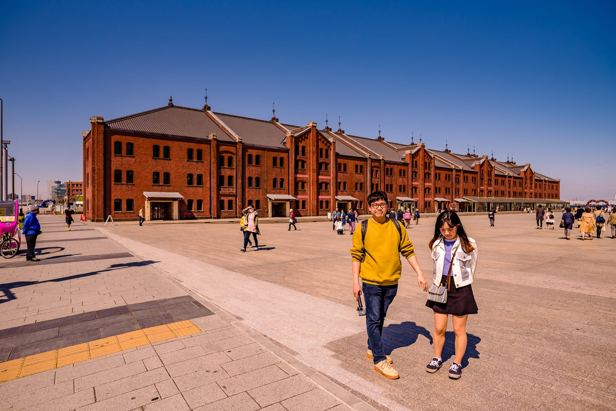 Couple photography in Yokohama at the Red Brick warehouses, images by the Tokyo Portrait Photographer Cristian Bucur