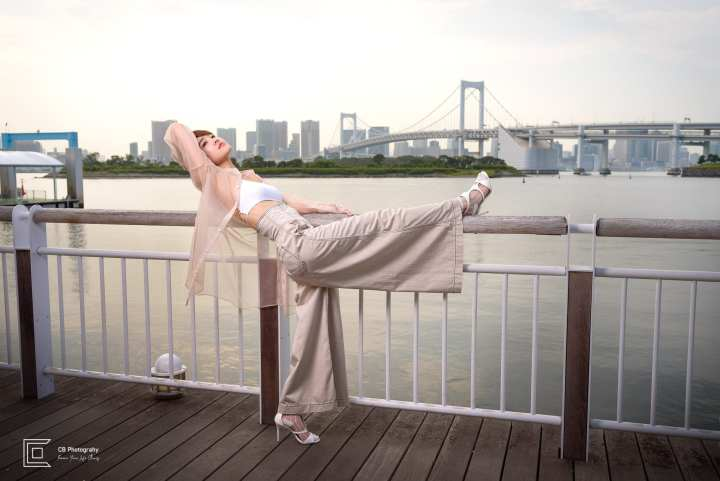 Portrait Photoshoot in Odaiba, Tokyo for personal branding of a model. Photo by the Tokyo Photographer Cristian Bucur