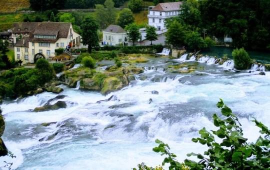 Miraculoasa Elvetie (2): Incursiune in nordul Elvetiei: Cascada Rinului