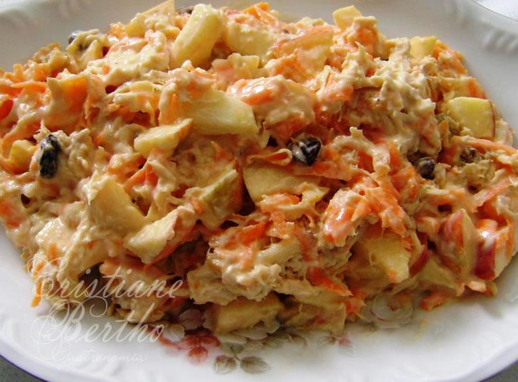 Receita de salpição preparado com legumes e frango