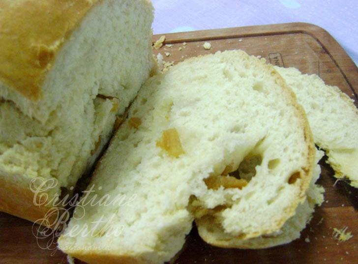 receita de pão preparado com torresmos de bacon