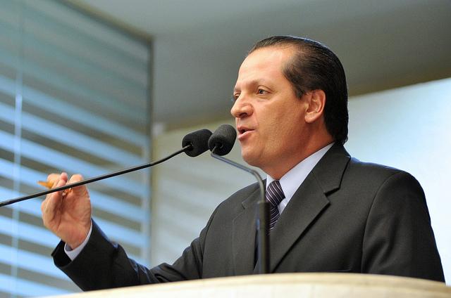Deputado Gilberto Ribeiro elabora lei para a proteção das crianças. (Foto Sandro Nascimento).