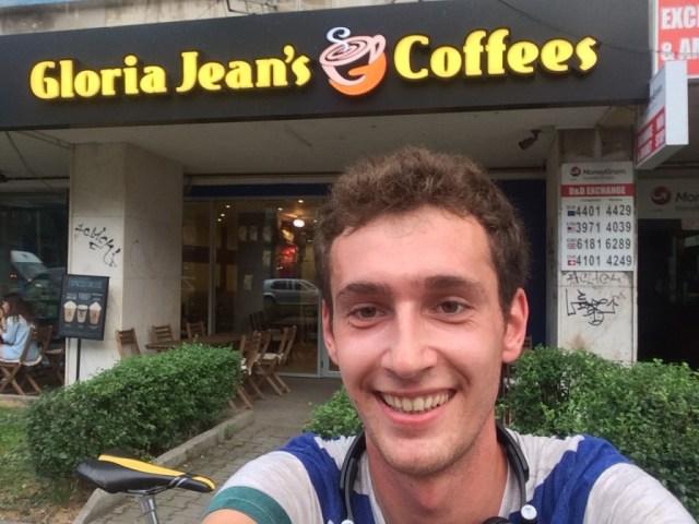 cristian-florea-gloria-jeans-romana-e1438752426741-1024x768