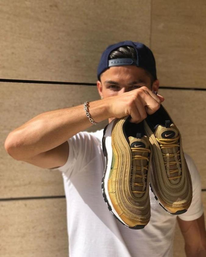 be0bcbd0f68 Cristiano Ronaldo  Why should Nike design more sneakers in homage to ...