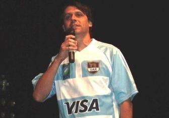 """Ale Gómez: """"Yo sólo llevo la bandera del mensaje"""""""