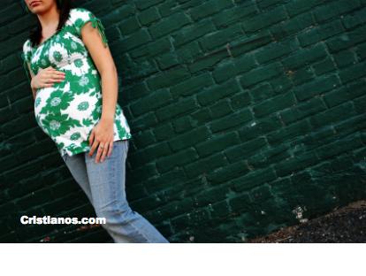 En México el 85% de las mujeres que abortan son católicas