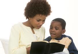 Nunca es tarde para enseñarle a nuestro hijos la Palabra de Dios