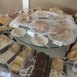 Variedade de pães deliciosos