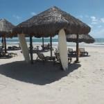 sombra, surf e água e praia linda em frente ao Dom Pedro laguna!