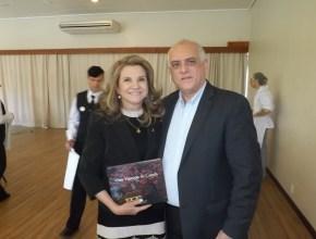 A diretora do Festuris, Marta Rossi e o presidente da ABIH nacional, Dilson Fonseca