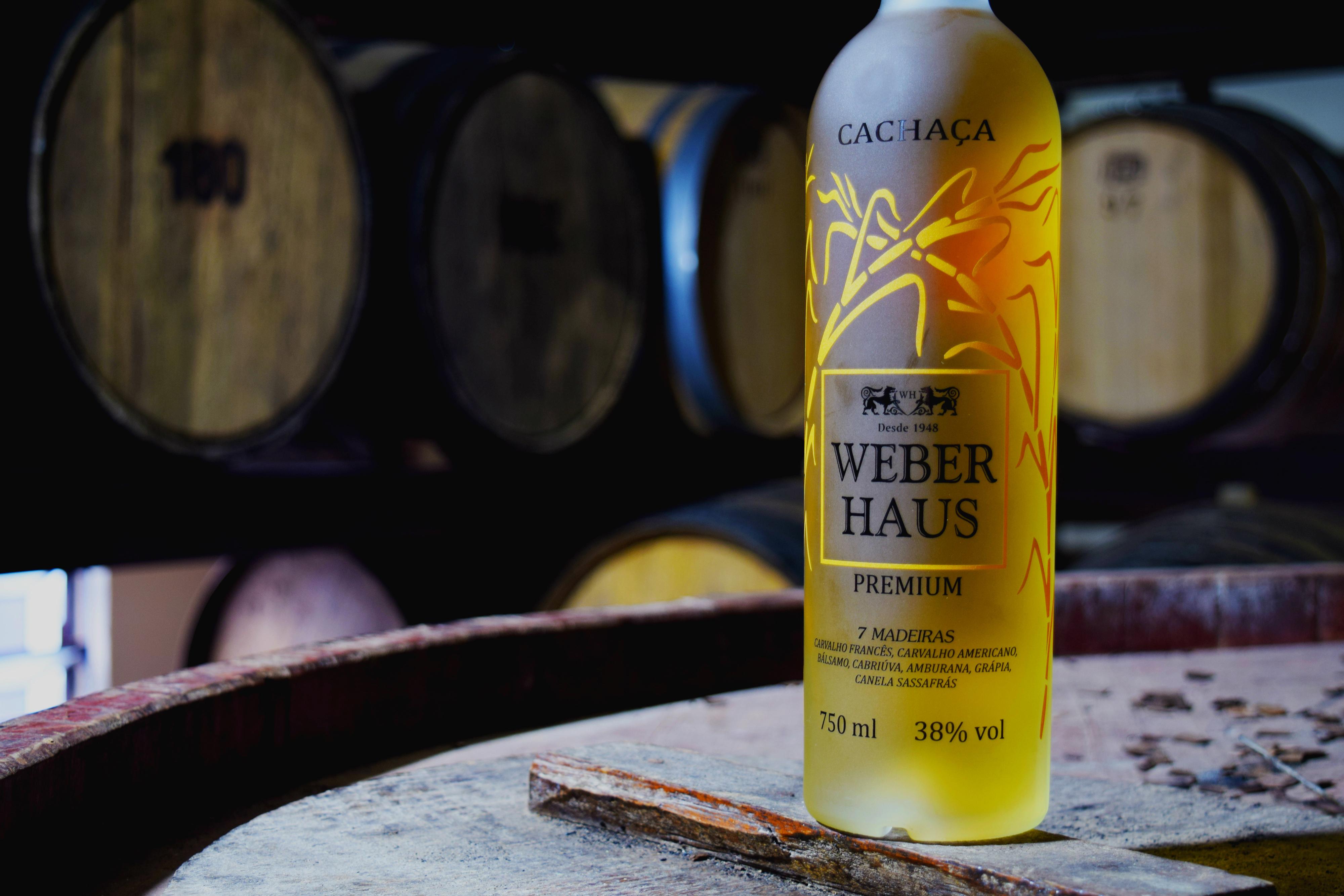 Weber Haus lança cachaça Premium envelhecida em 7 Madeiras – Turismo por Cristina Lira