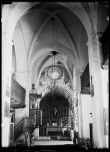 Inside before paintings restoration