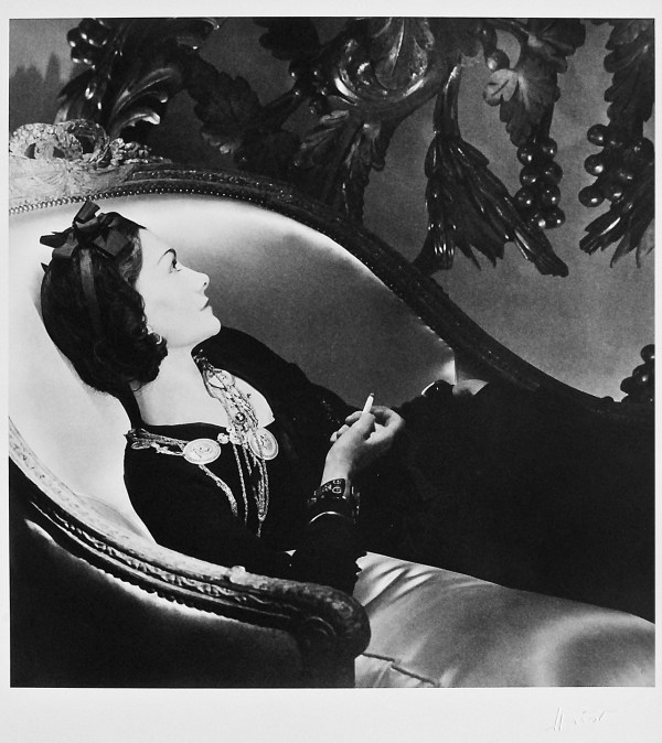 cristinaarce_biography_master_photographer_horst10_coco_chanel_paris_photographs_silver_print