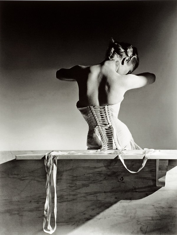 cristinaarce_biography_master_photographer_horst05