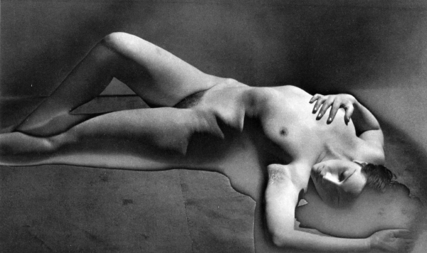 cristinaarce_biography_master_photographer_man_ray10
