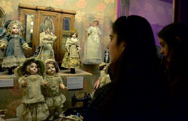 3 132 - Había una vez...la colección de muñecas antiguas más importante de Suramérica