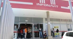 Invitan a hacer trámites del Infonavit en línea para evitar aglomeraciones