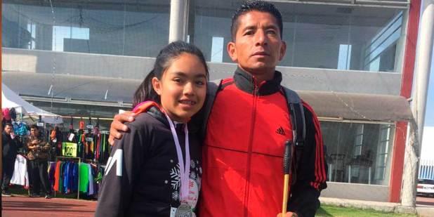 Atleta hidalguense regala premio en apoyo a Rubicel Hernández