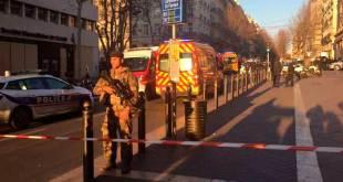Hombre hiere a dos personas con arma blanca en Marsella antes de ser abatido por Policía
