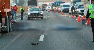 Mueren 2 motociclistas tras chocar en Edomex
