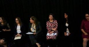Realizan cinedebate sobre adopción de menores